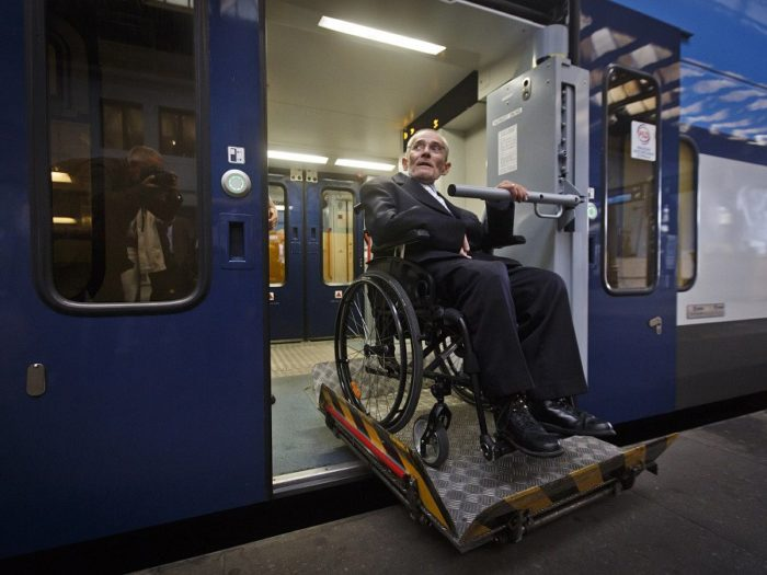 Льготы РЖД для инвалидов