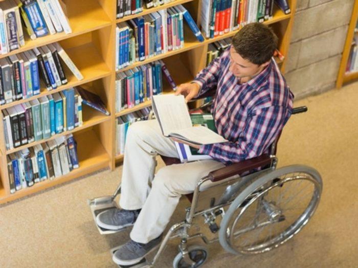Инвалиды и их обучение в ВУЗе